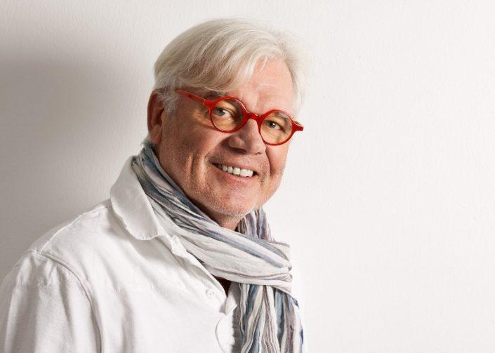 Herr mit Brille und Schal fotograf frankfurt siebzehn