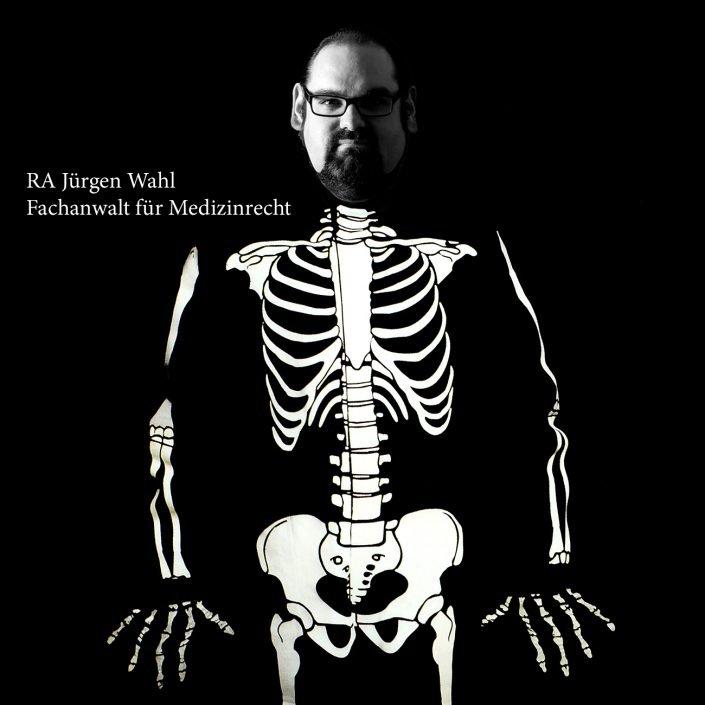 13x13-Skelettretusche-m.T.P2271444-705x705 Fotoserie