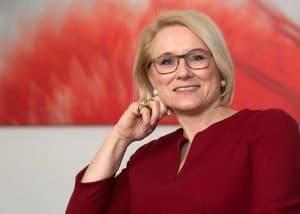 Vorstand der euromicron AG, Portrait Frau