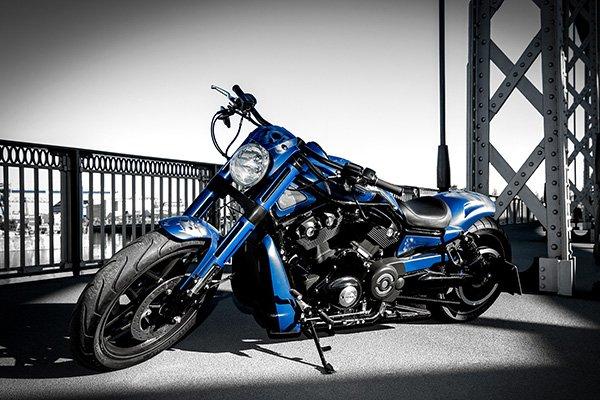 Motorrad fünf