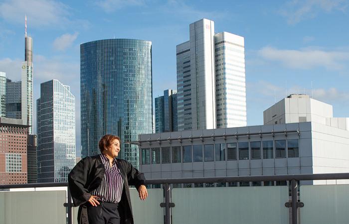 Fotograf Frankfurt fotogrfiert ein Bewerbungsfoto